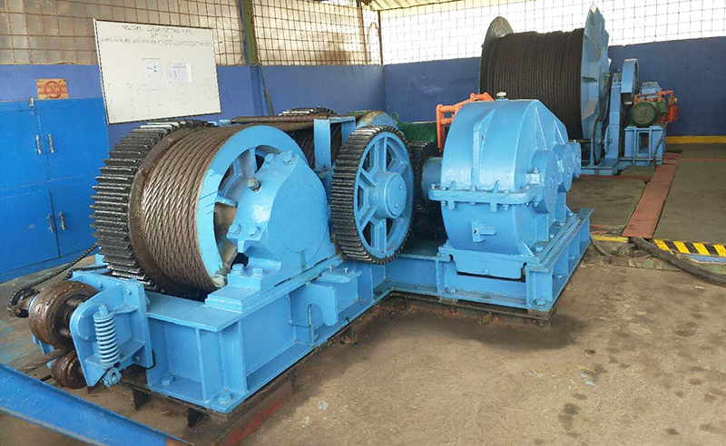 Heavy Duty Winch for Lifting And Pulling