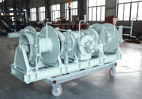 Hydraulic Double Drum Mooring Winch Manufacturer