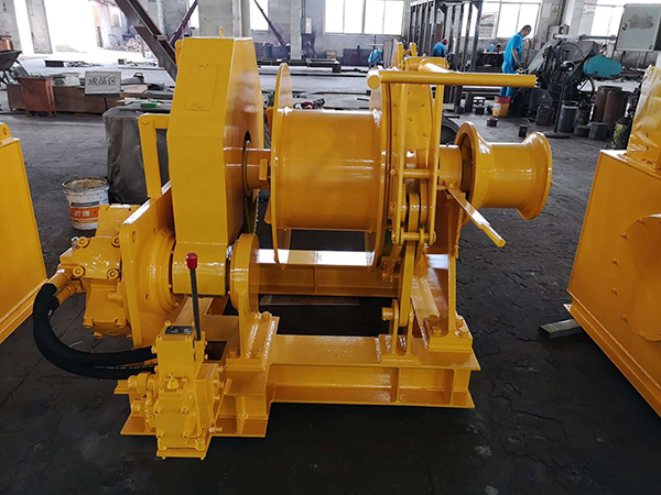 Hydraulic Towing Winch With Warping Head