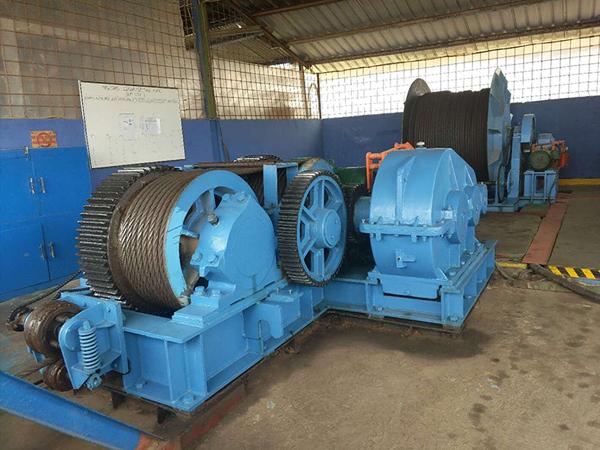 AQ-JMM Electric Winch for Pulling Boats Ashore